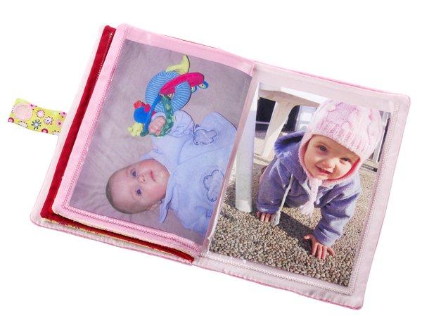 album photo liz cadeau de naissance lilliputiens. Black Bedroom Furniture Sets. Home Design Ideas