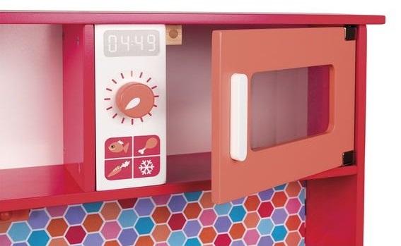 Cuisine enfant en bois rouge pour jouer à la dinette