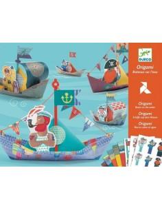 Origami bateaux sur l'eau -...