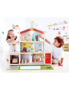 Grande maison de poupée...