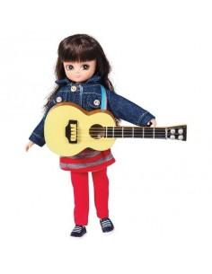 Poupée Lottie avec sa guitare