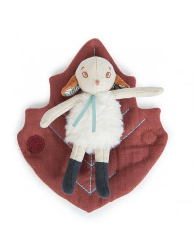 Petit mouton Chataigne Après la pluie...