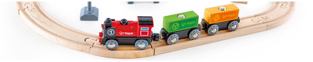 Trains et circuits en bois pour enfant