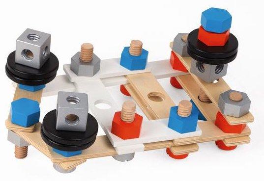 Visser, dévisser des pièces en bois