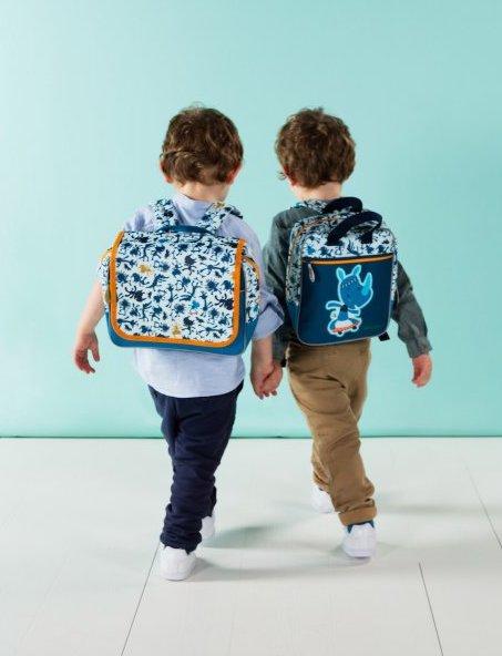 Bien porter son cartable et son sac à dos