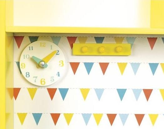 Cuisine jaune enfant pour jouer à la dinette jouet en bois