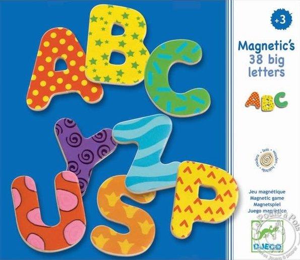 Magnets en forme de lettre pour les enfants