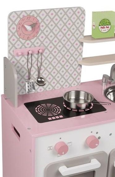 Jolie cuisine en bois rose pour jouer à la dinette