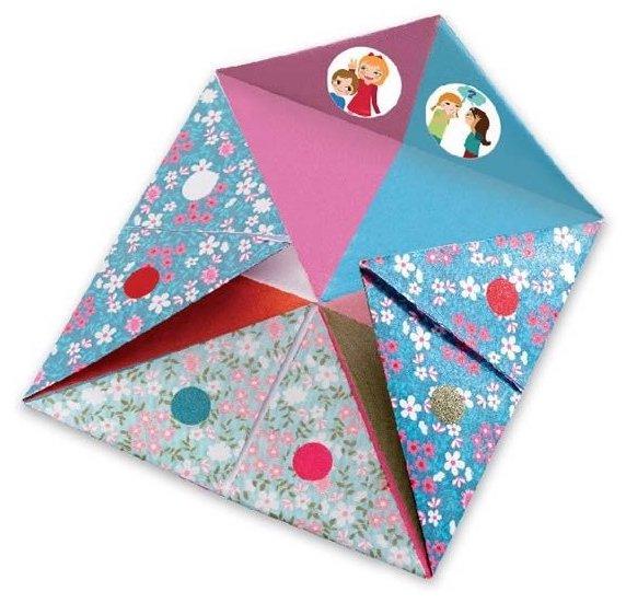 Cocottes en papier avec des gages pour enfants