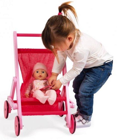 Poussette en bois rose pour les petites filles